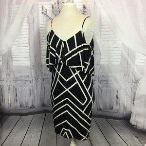 Tart Geometric Dress Print Sleeveless B&W Med